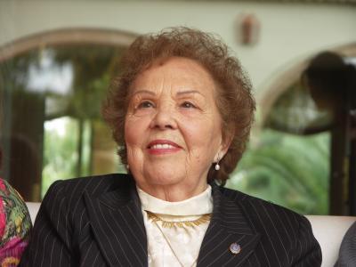 Dolores Cortés en su 90 aniversario
