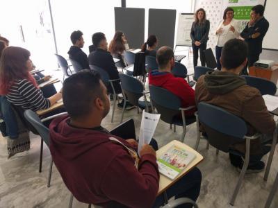 IMPULSA Alicante especializará a 22 jóvenes en logística